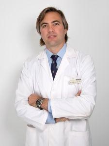Oftalmólogo-Alejandro-Higueras