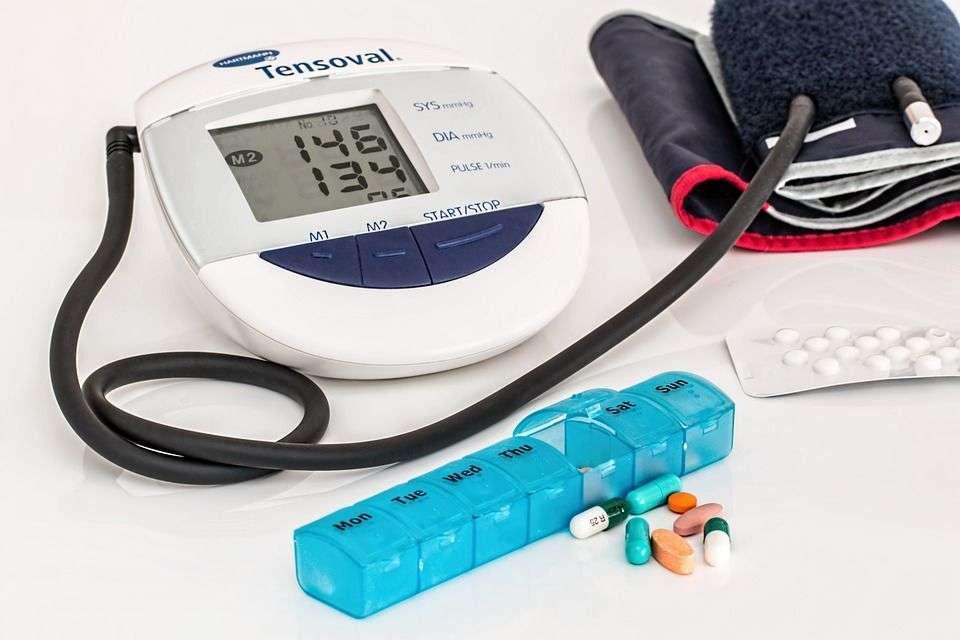 ¿Cómo afecta la hipertensión arterial a nuestros ojos?