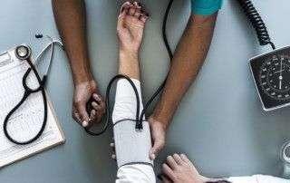 Cómo afecta la hipertensión arterial a nuestros ojos