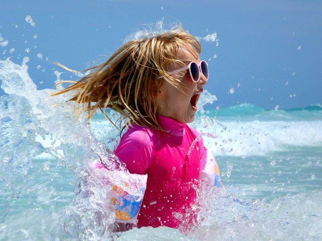 Cuándo ponerle gafas de sol a un niño